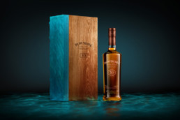 Bowmore-30-YO-malt-limited-edition-packaging
